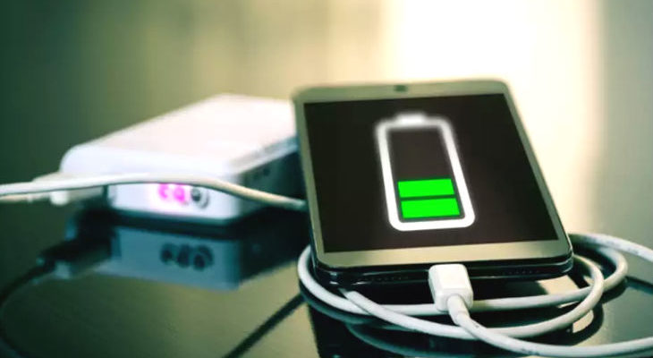 Hackers stealing data iPhone charging cable